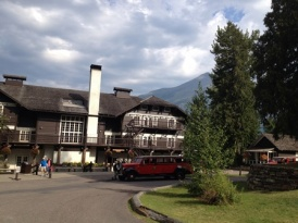 xanterra-parks-resorts-glacier-park-lodges1