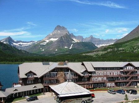 glacier-park-inc-glacier-park-lodge2