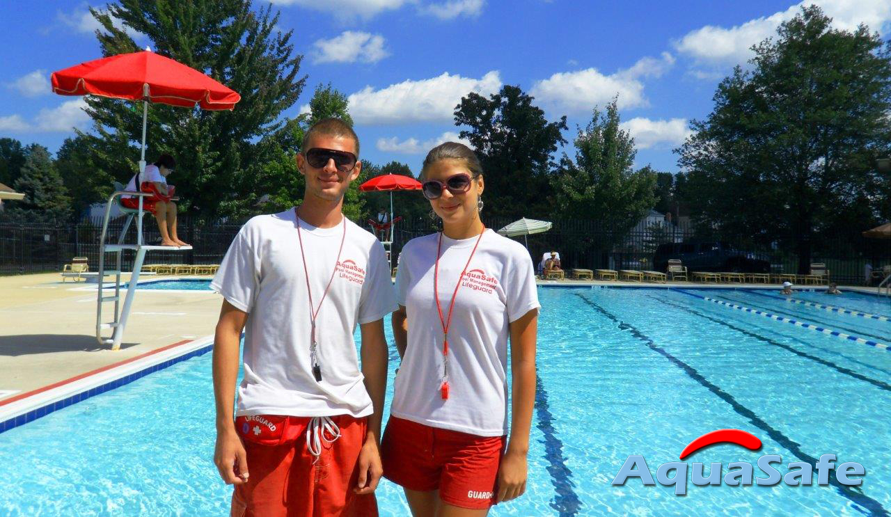 professional-lifeguards-1