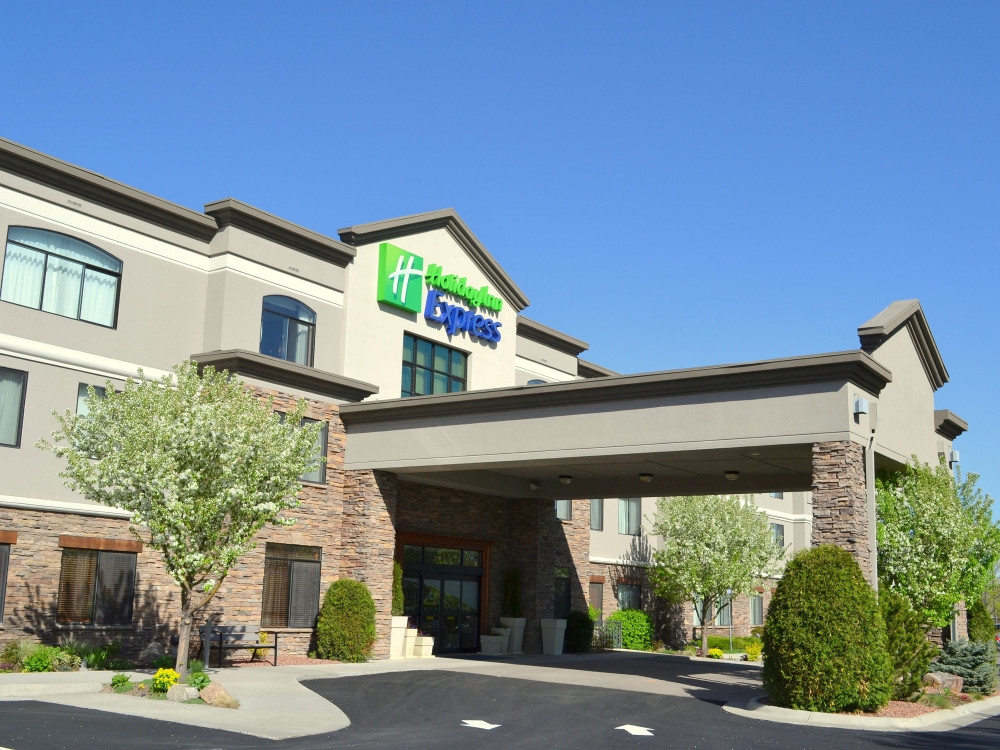 NW - Holiday Inn Bozeman F