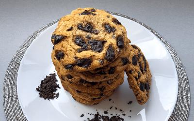 Рецепта: Бисквити с парченца шоколад